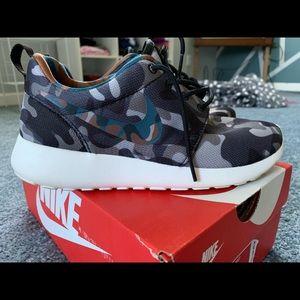 Nike Roshe Camo One Print